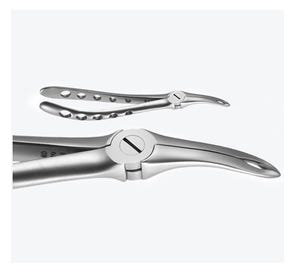 X-TRAC® Atraumatic Extraction Forceps, Universal Maxillary Root with Cupped and Serrated Beaks