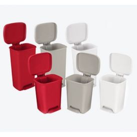 Step-On Plastic Waste Can Rectangular 32 qt Beige